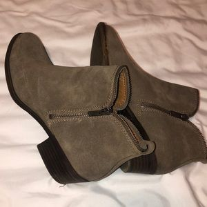 LUCKY BRAND heeled low cut boots